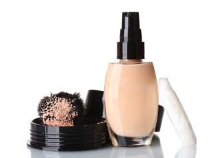 Best cheap foundation on a makeup brush