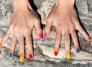Top 5 Stick-On Nail Designs