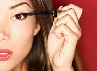 Waterproof Mascara: The Dangers of Prolonged Use