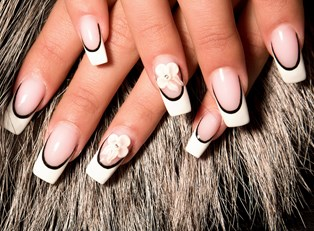 Negative Space Manicure: Must Try Tutorials
