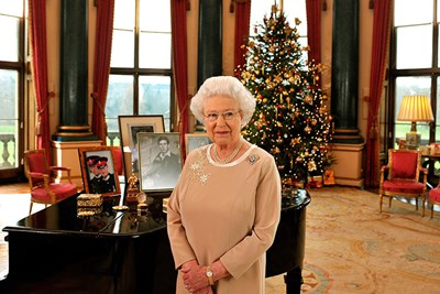 holiday traditions the royal family takes very seriously