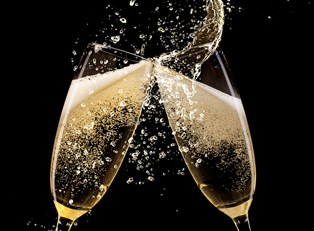 2015 Grammy Awards Drinking Game: Get Sledgehammered