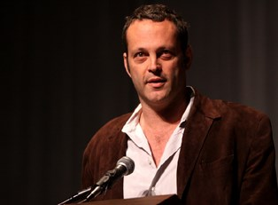 Vince Vaughn in a brown jacket
