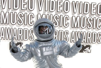 2015 Video Music Awards: 10 Categories We Wish Existed