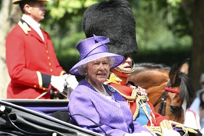 Long Live Queen Elizabeth II: 10 Reasons We're Obsessed