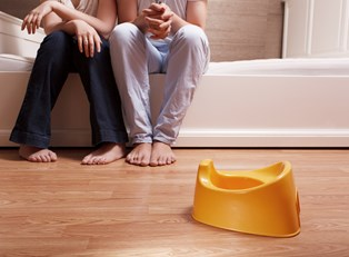 First-time parents wondering how to potty train they're child