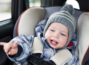 Signs You Need to Switch to a Forward Facing Car Seat