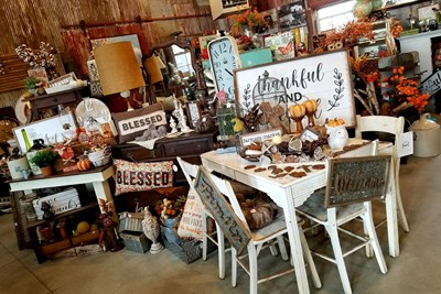 Fall Decorations at the Flea Market