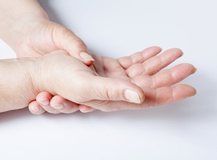 5 Must-Have Products for Arthritis Sufferers