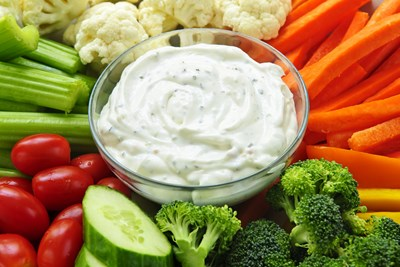 9 Healthy and Delicious Alternatives to Ranch Dressing