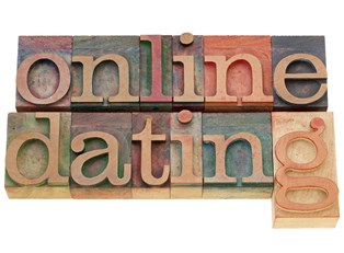 Well Known Dating Advice That Doesn't Work Online